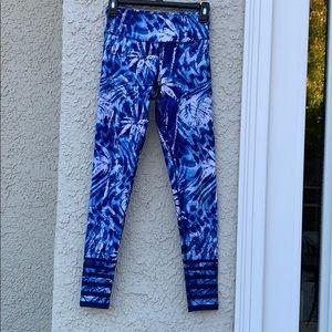 Kyodan Blue & White Fkoral Leggings Size XS